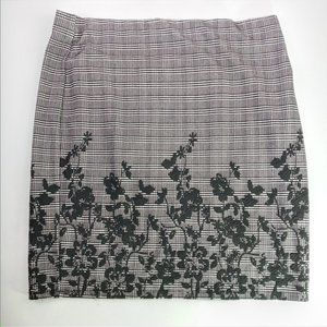 Roz & Ali Women's Skirt Textured Floral A Line